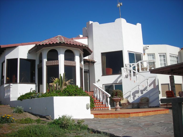 Paul A Weekes House in Mexico